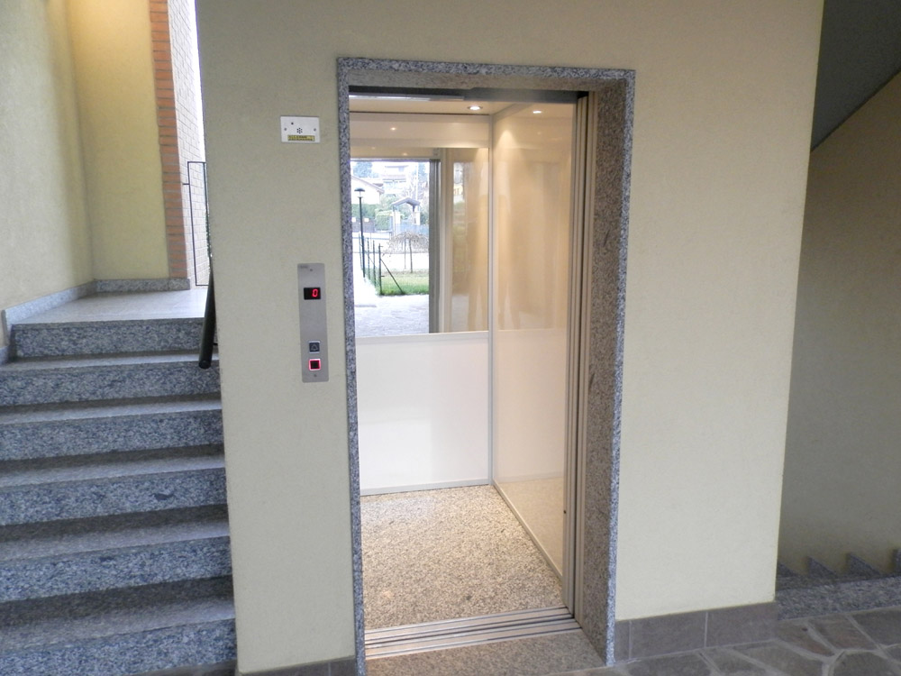 laminato-plastico-3-ascensori-standard